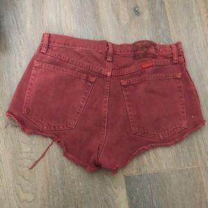 Wrangler Shorts - UO Distressed denim shorts